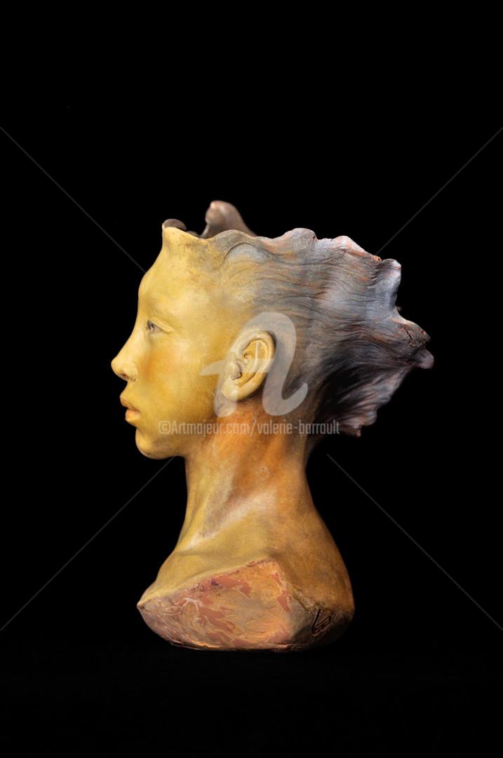 Valerie Barrault - princesse-deokman-de-profil-gauche.jpg